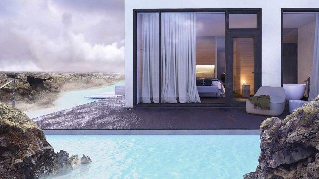 Отель на горячем источнике в Исландии