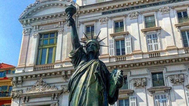 Копия Статуи Свободы в Ницце