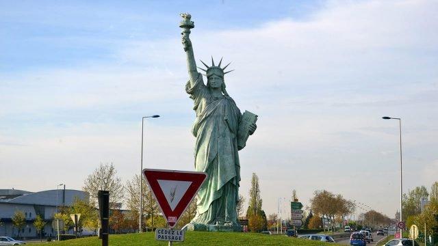 Статуя Свободы на родине автора - Бартольди - во Франции