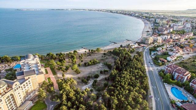 Панорама курорта Солнечный берег с высоты птичьего полёта