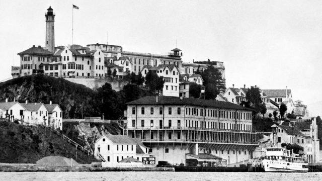 Архивное фото федеральной тюрьмы Алькатрас