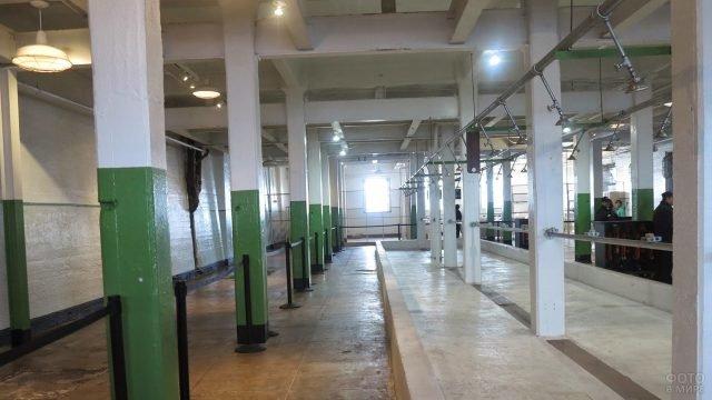 Душевая для заключённых в Алькатрасе