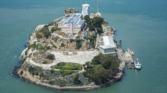 Съемка острова Алькатрас с квадрокоптера