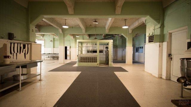 Столовая в тюрьме Алькатрас