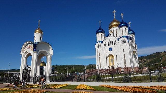 Кафедральный собор Рождества Христова в Южно-Сахалинске