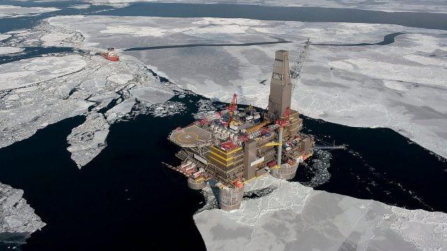 Нефтяная платформа Сахалин-2