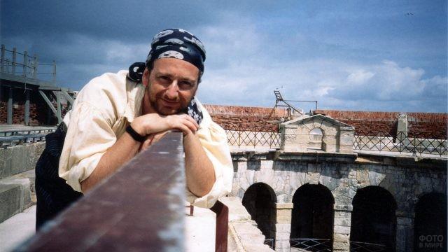 Актёр шоу на смотровой площадке Форта Боярд