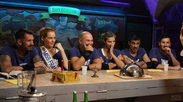 Команда с Мисс Франция среди участников в шоу Форт Боярд