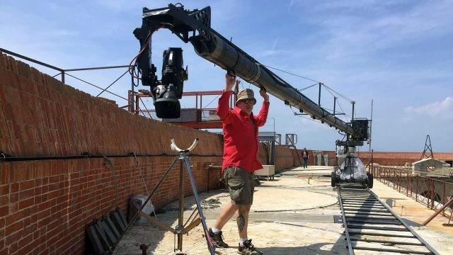 Оператор шоу Форт Боярд на крепостной стене