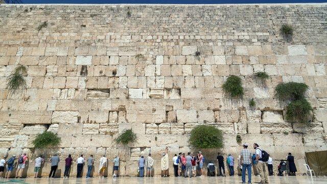 Западная стена - Стена Плача - в Иерусалиме