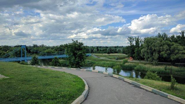 Зелёные берега реки Цны в Тамбове
