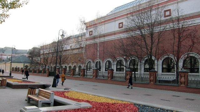 Здание Третьяковской галереи в Лаврушинском переулке