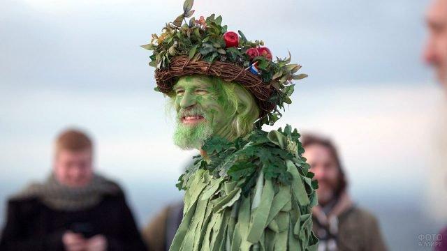 Участник костюмированного парада Мэй Дэй в Великобритании