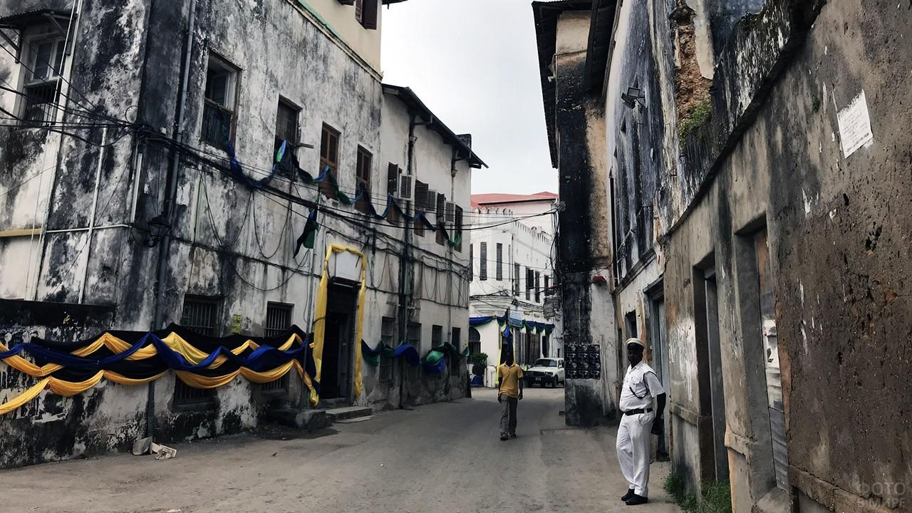 Улочки Каменного города на Занзибаре