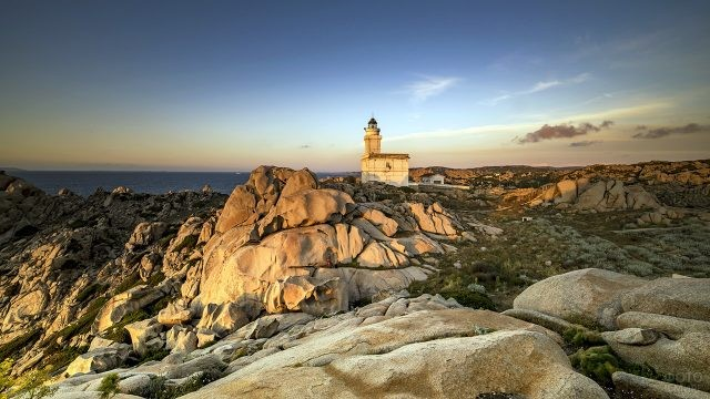 Маяк на Капо Теста на Сардинии
