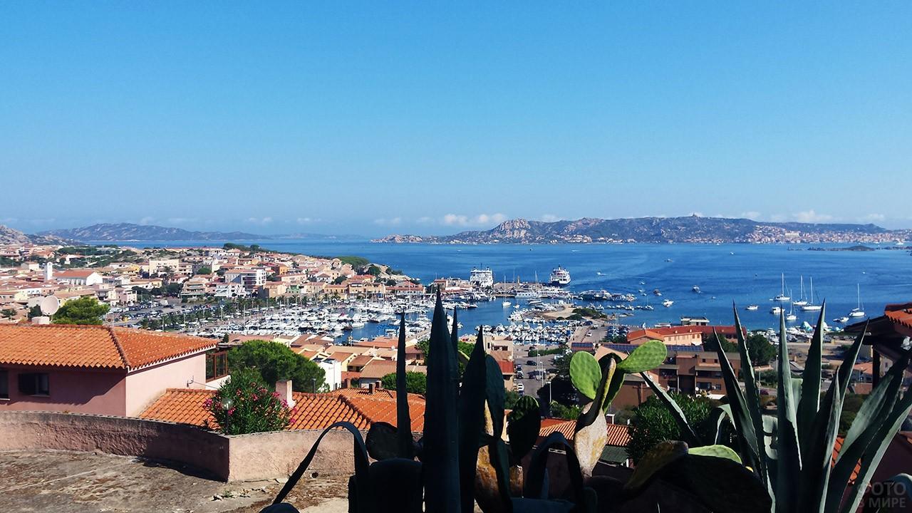 Панорама курорта Порто-Черво