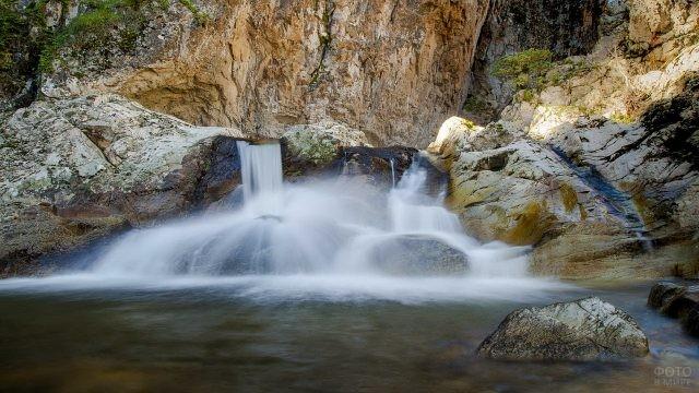 Водопад на Дженнардженту