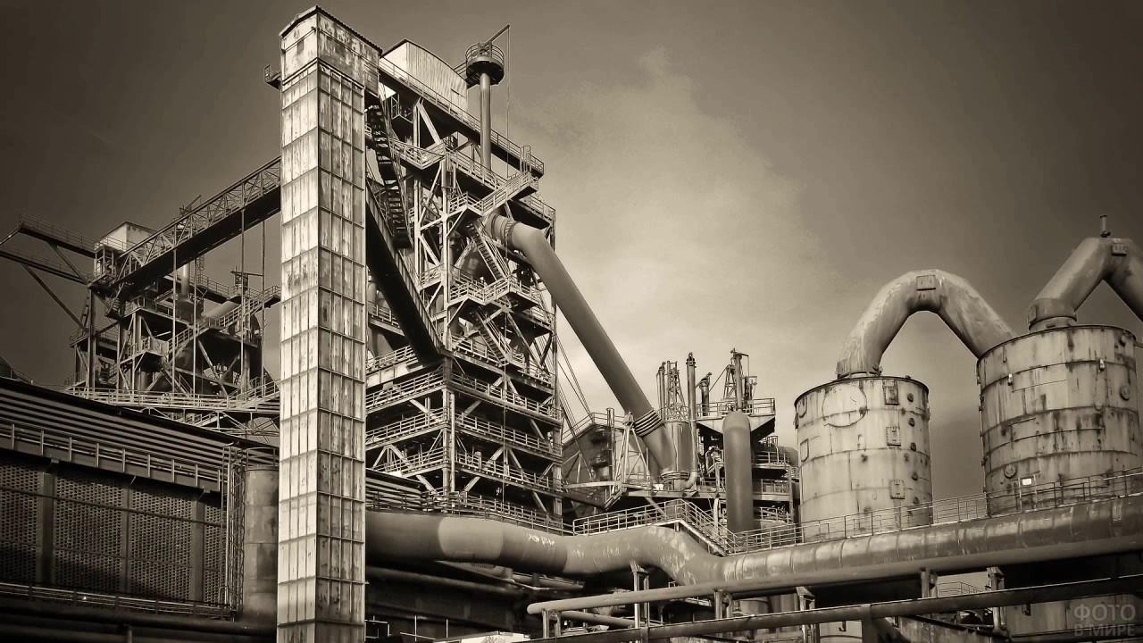 Старый российский промышленный завод