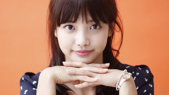 Глаза корейской актрисы