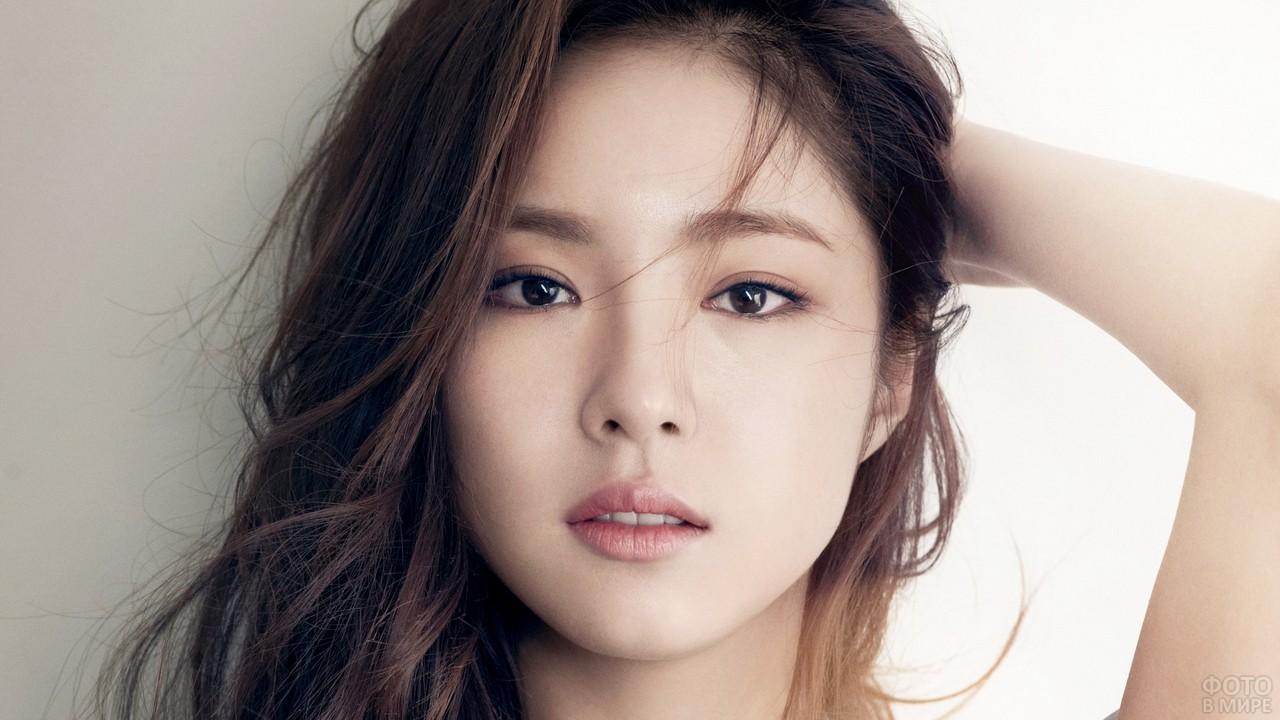 Глаза корейской девушки