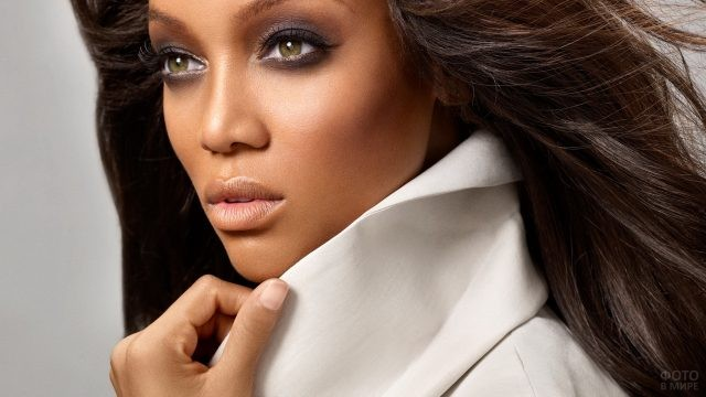 Глаза мулатки афроамериканки