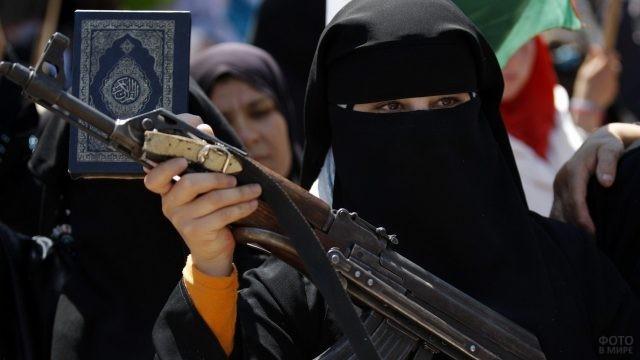 Скрытный взгляд мусульманской террористки