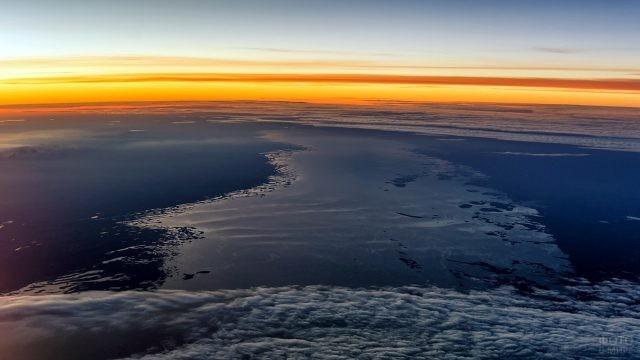 Закат над Аральским морем с высоты птичьего полёта