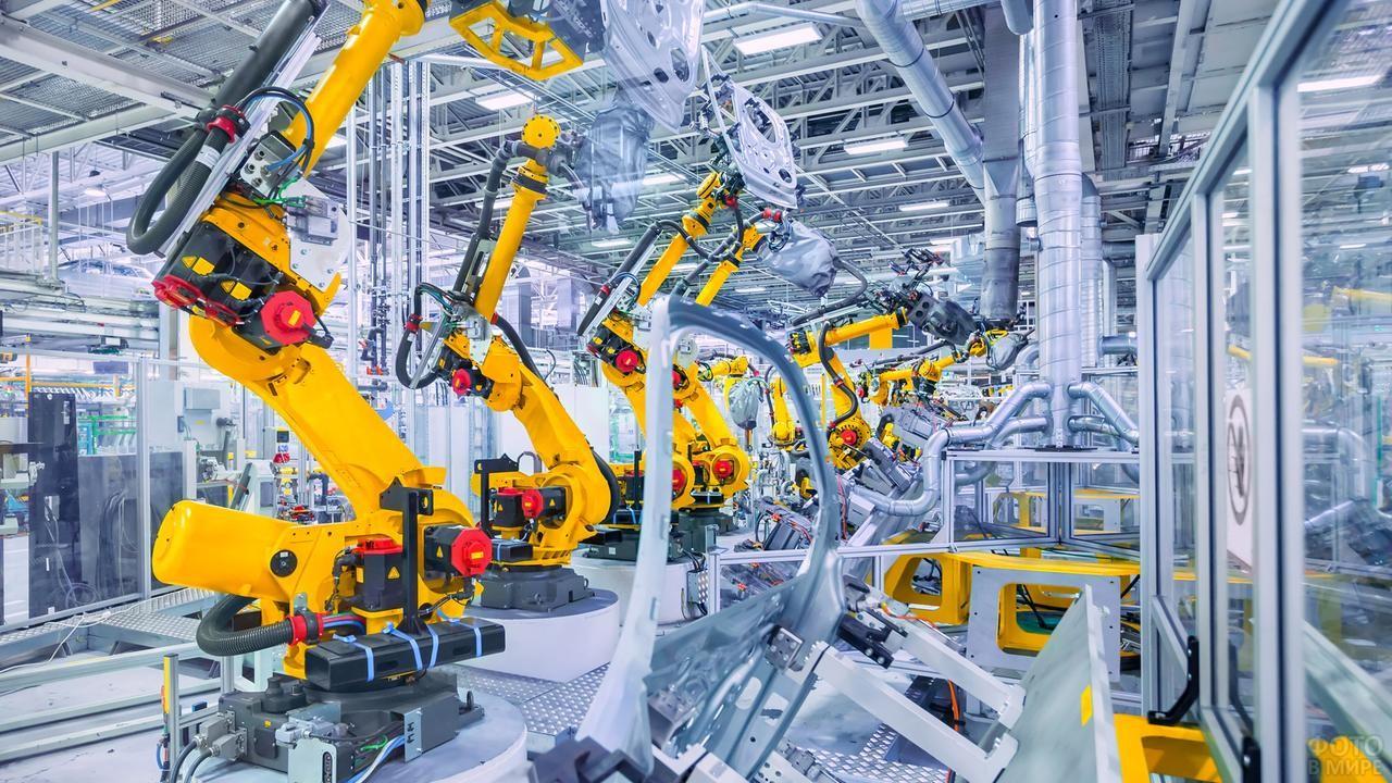 Роботизированный цех на промышленном предприятии