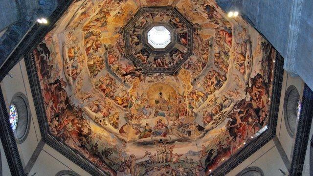 Роспись потолка первого уровня Пизанской башни