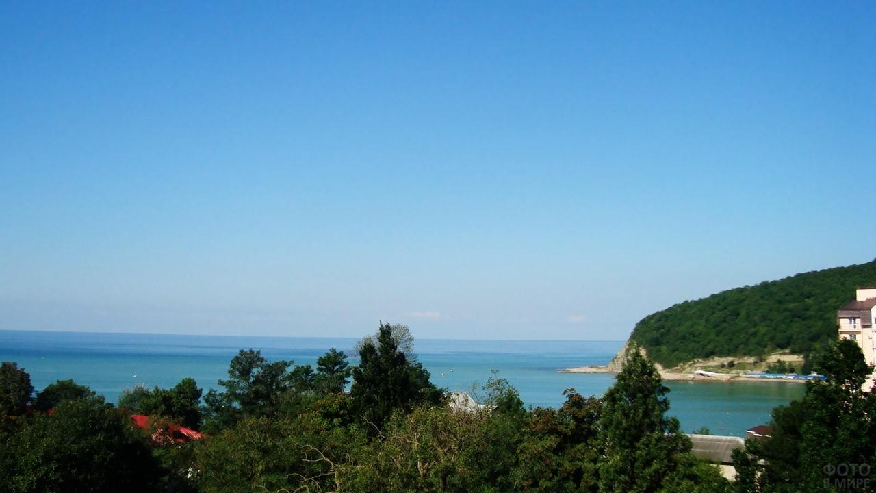Вид на горизонт из номера отеля