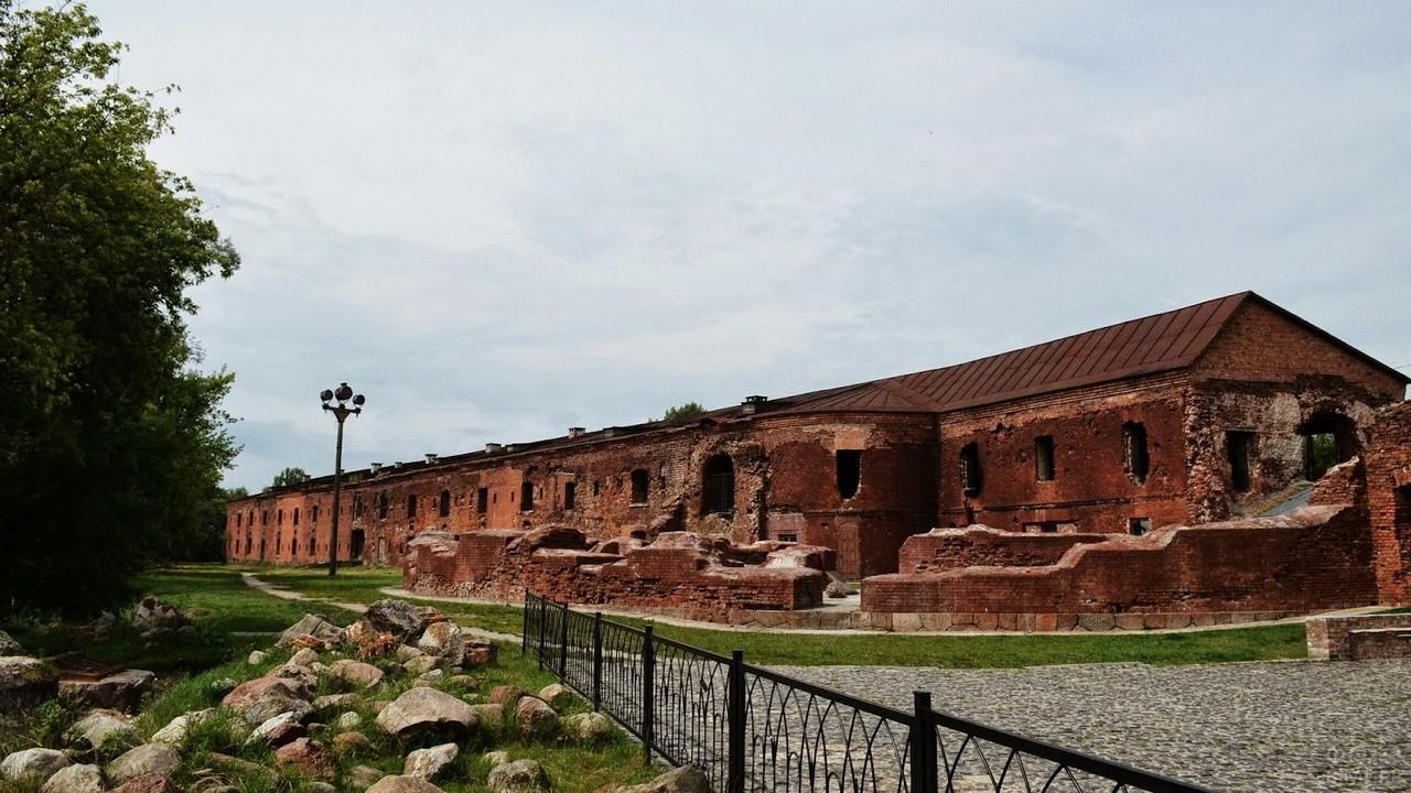 Руины здания в Брестской крепости