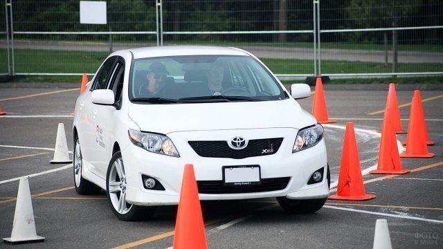 Экзамен по вождению в автошколе