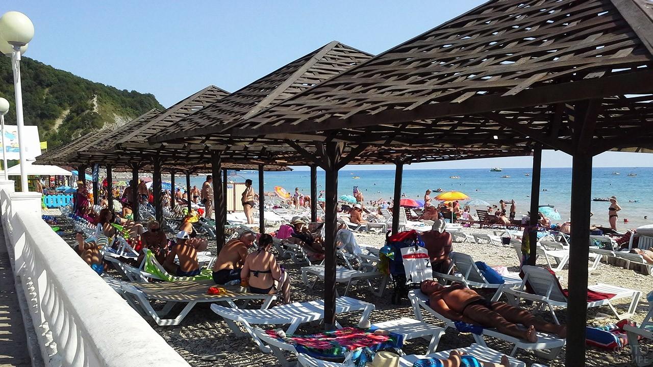 Городской пляж в Архипо-Осиповке