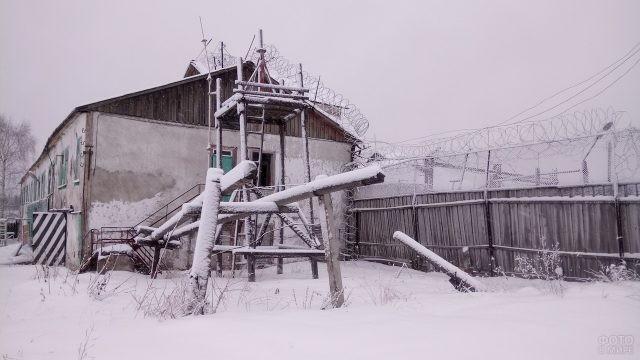 Брошенная тюрьма в Архангельской области