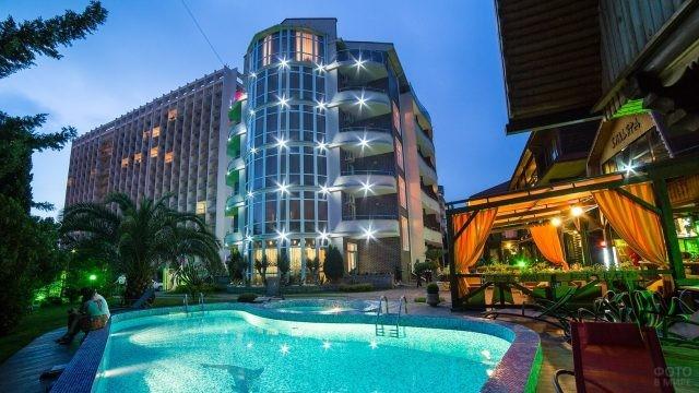 Роскошный отель в Адлере