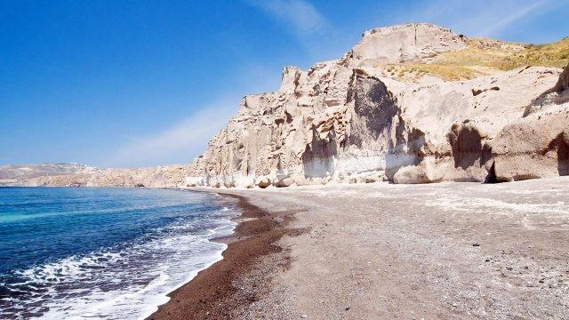 Белый пляж на Санторини