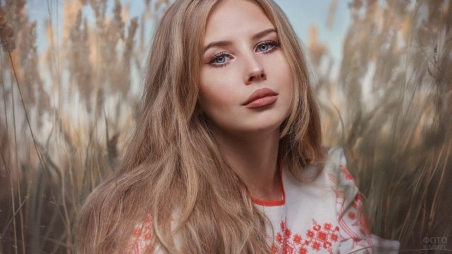 Лицо русской девушки