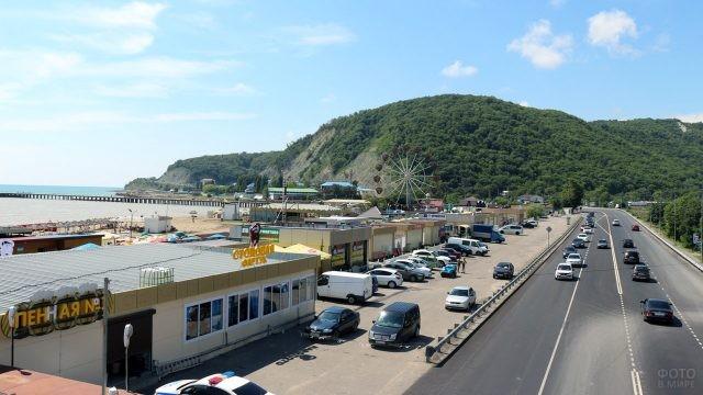 Трасса вдоль моря и пляжей до Джубги