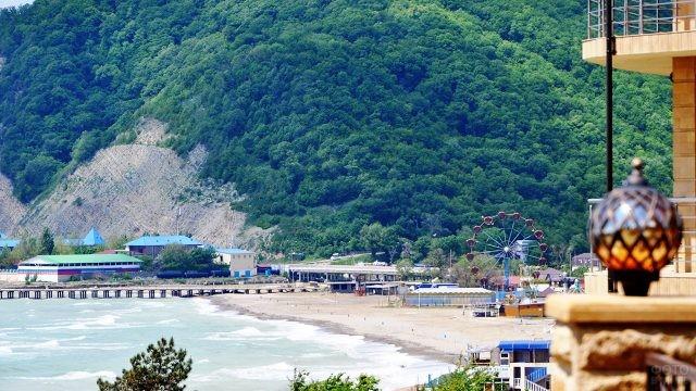 Вид на пляж с балкона отеля