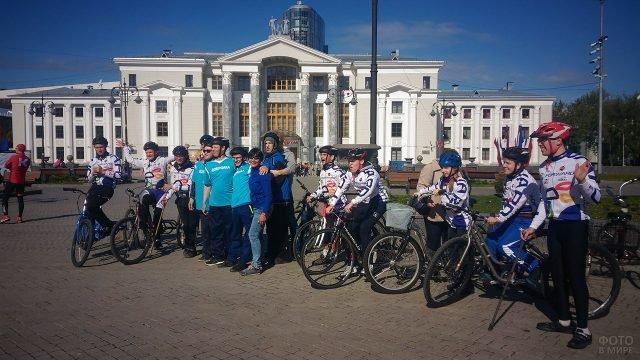 Участники велопробега в День России в Перми