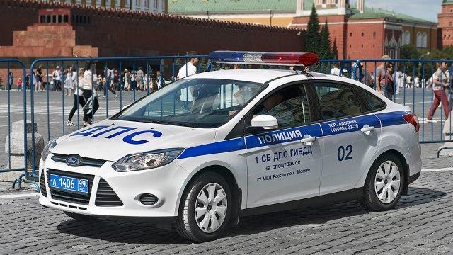 Патрульная машина ГИБДД на Красной площади