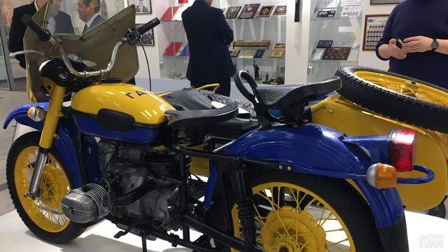 Патрульный мотоцикл ГАИ на стенде музея