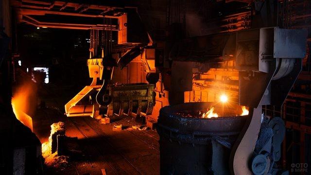 Цех Челябинского металлургического завода
