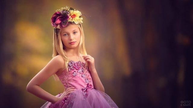 Маленькая принцесса в розовом платье