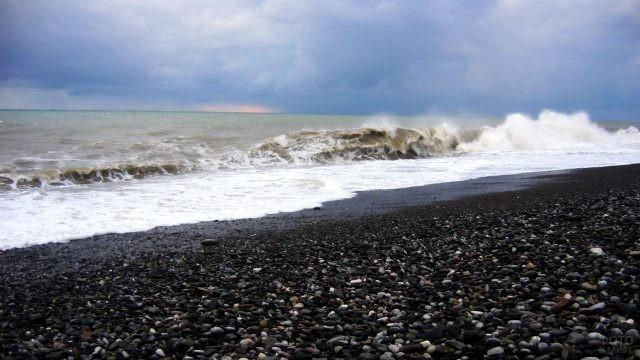 Шторм на Чёрном море