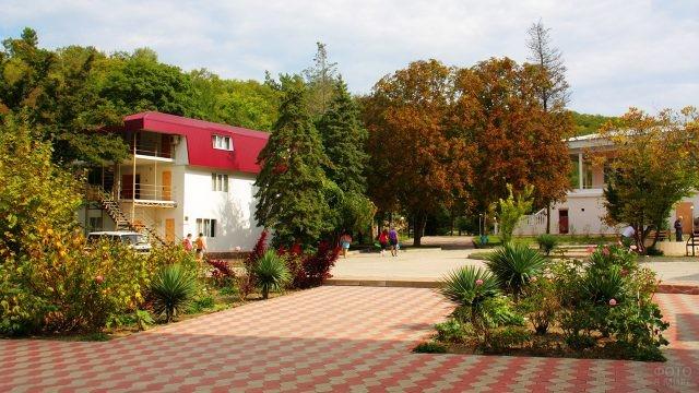 Парк турбазы Приморская