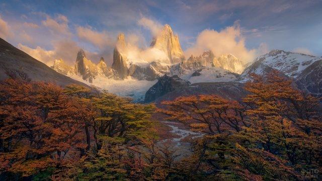 Яркие цвета горной природы в Патагонии
