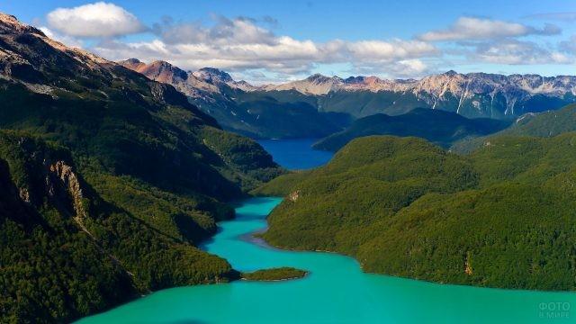 Необычайно красивый пейзаж Андских гор