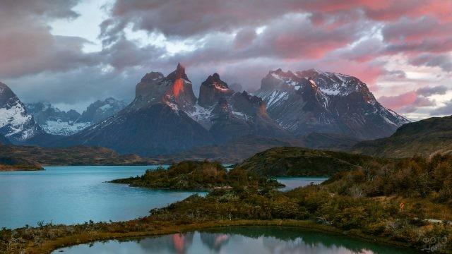 Пейзажный вид национального парка Торрес дель Пайне
