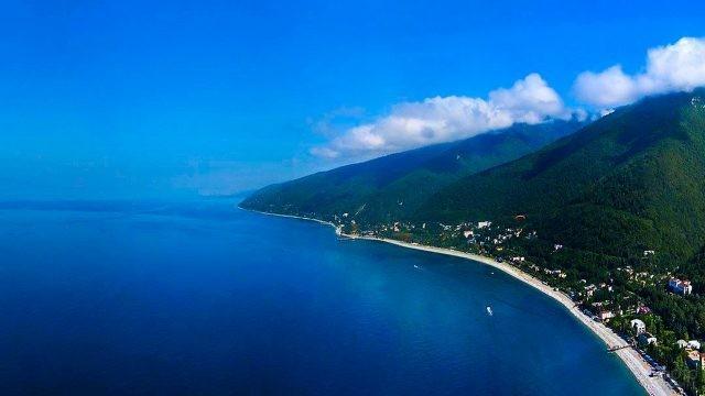 Горный пляж в Абхазии